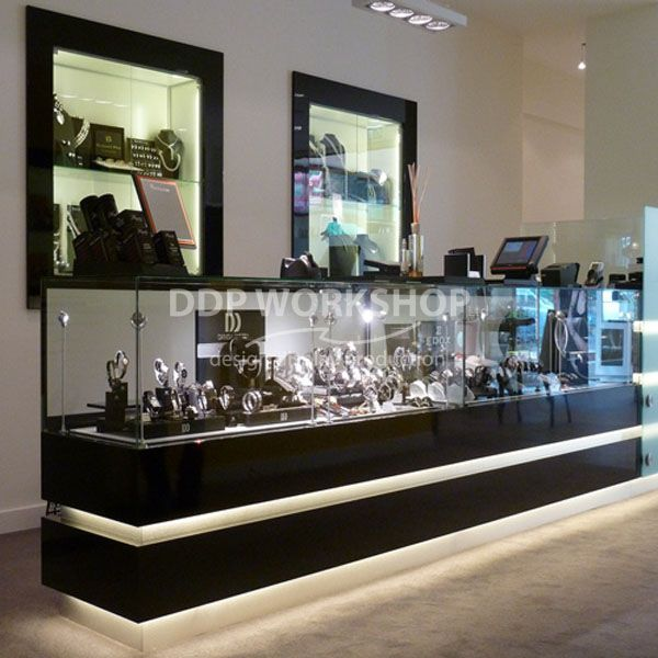 Retail Counter Display Case